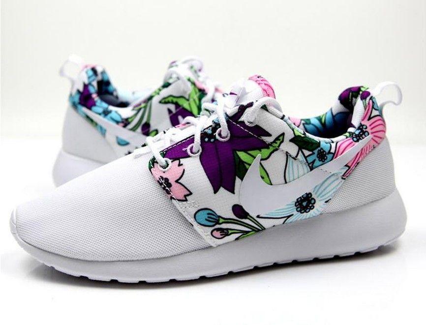 0dfcea75d73b Nike Roshe One Femmes s Non-Slip Bold Berry Print 599432-113 Sportifs  Chaussures Blanc