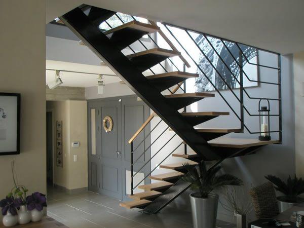 escalier-acces-surelevation-a69pjpg (600×450) будинок мрii - puit de lumiere maison