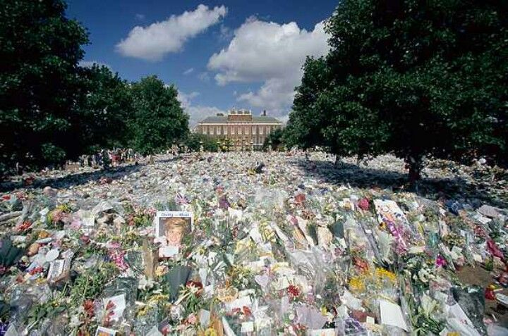 Flowers left at Kensington Palace for Princess Diana's funeral in September 1997