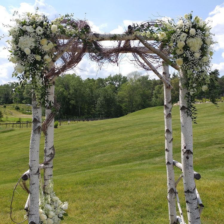 Arch Décor At Labelle Winery