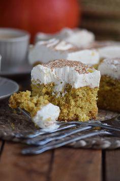 Kürbiskuchen: Fluffiger Herbstkuchen vom Blech ⋆ Knusperstübchen #pumpkinpiecookies