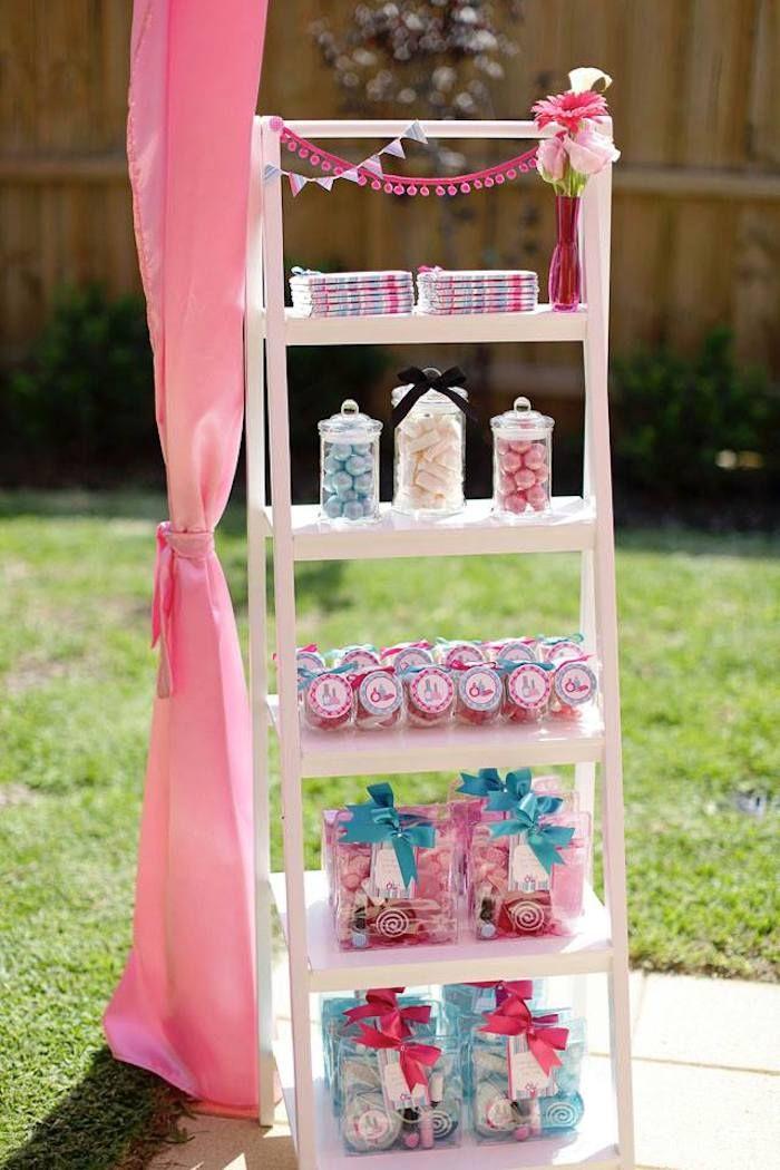 Salon Themed Birthday Party {Ideas, Decor, Planning, Cake, Fashion