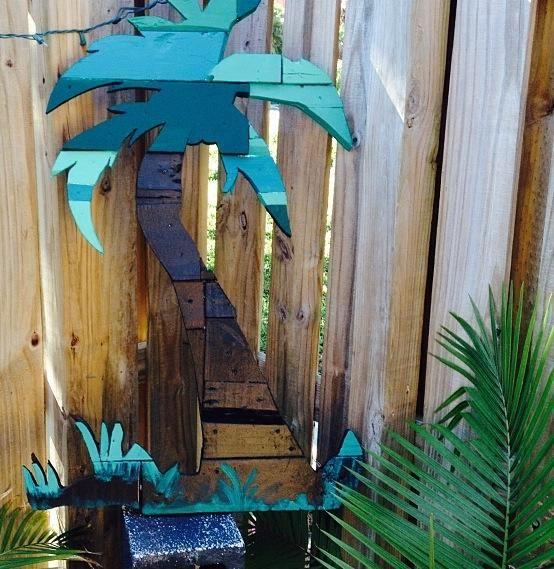 Pallet Palm Tree #DecorationGarden, #Pallet, #PalmTree