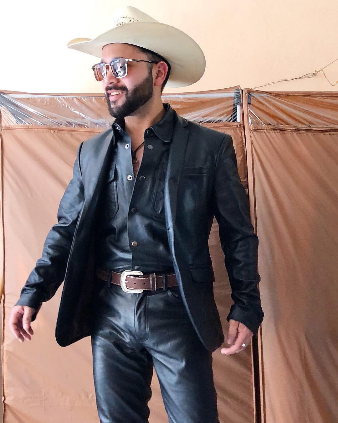 leatherman #leathercowboy #leathersuit #fullleather