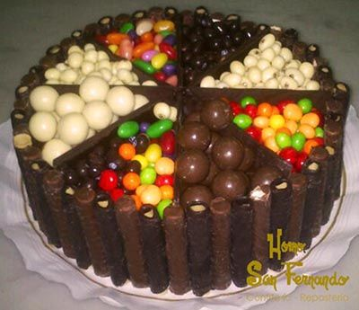 Tarta chuches personalizada tartas y decoraci n con - Adornos con chuches ...