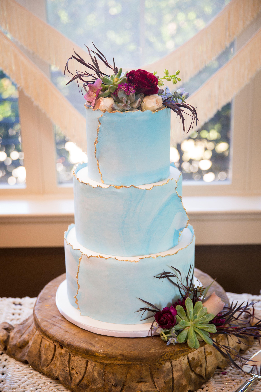 Blue and gold wedding cake wedding cake inspiration
