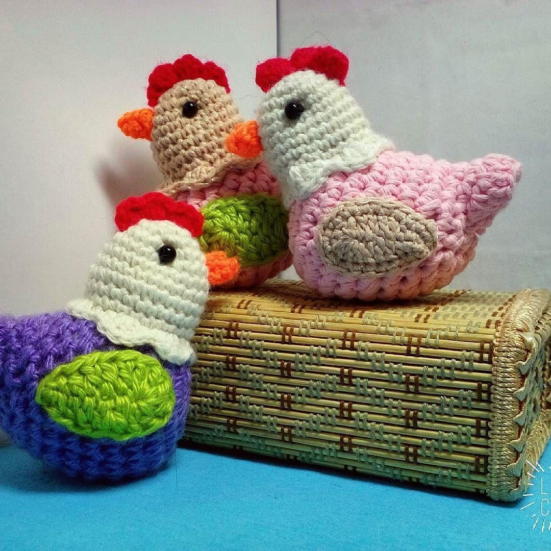 #курочки #пасха #вязание #вяжутнетолькобабушки #игрушкиручнойработы #игрушкикрючком #амигурумикрючком #амигуруми #handmade #handcraft #amigurumi by knitted_toys.sasha_fench