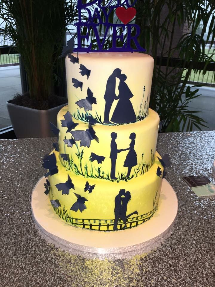 Our wedding cake. Cake Gallery in Pensacola did a magnificent job ...