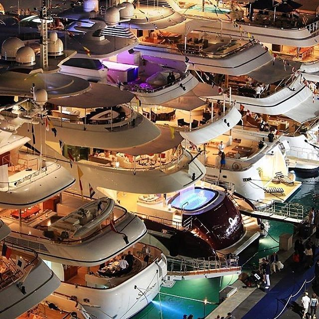 Enlight Yacht Party Luxury Yachts Yacht
