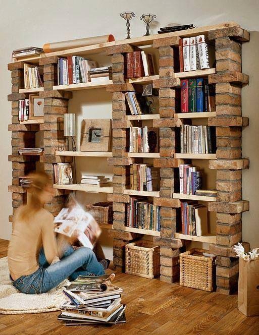 6. Estante: Uma ideia bem legal é usar os tijolos como aparador ou estante. Eles dão um visual bem bonito e elegante
