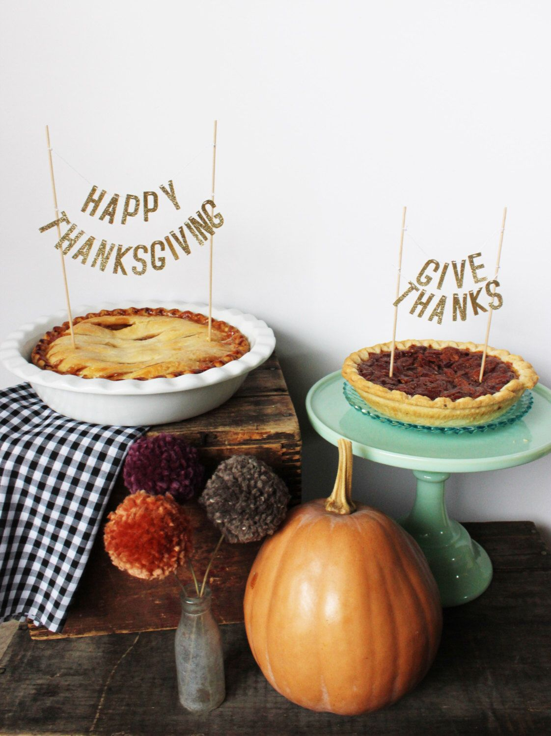Thanksgiving Pie Topper by stephlovesben on Etsy https://www.etsy.com/listing/253068455/thanksgiving-pie-topper