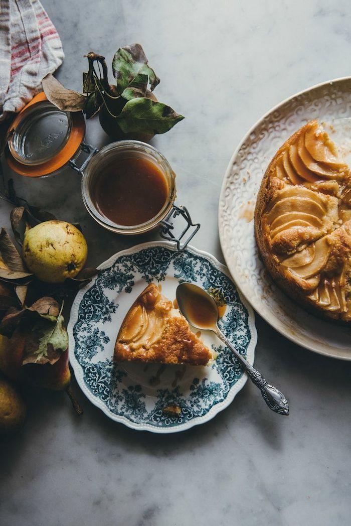 pear cake with salted caramel | o&o eats