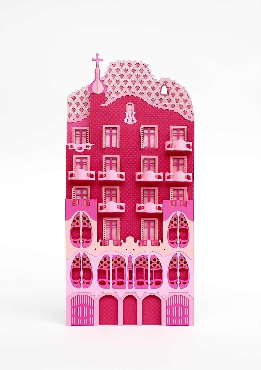 Creation Of A Paper City Inspired By Barcelona For Mia By Freixenet Agency Rosbeef Ad Photographer Pascal Moraiz Com Imagens Esculturas De Papel Esculturas Ideias