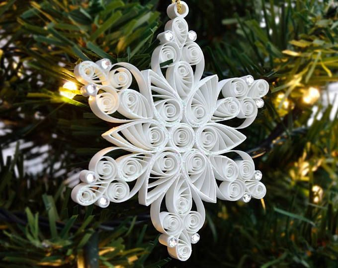 White Quilled Christmas Snowflake Ornament with Pearls; Budget Christmas Gift #floconsdeneigeenpapier