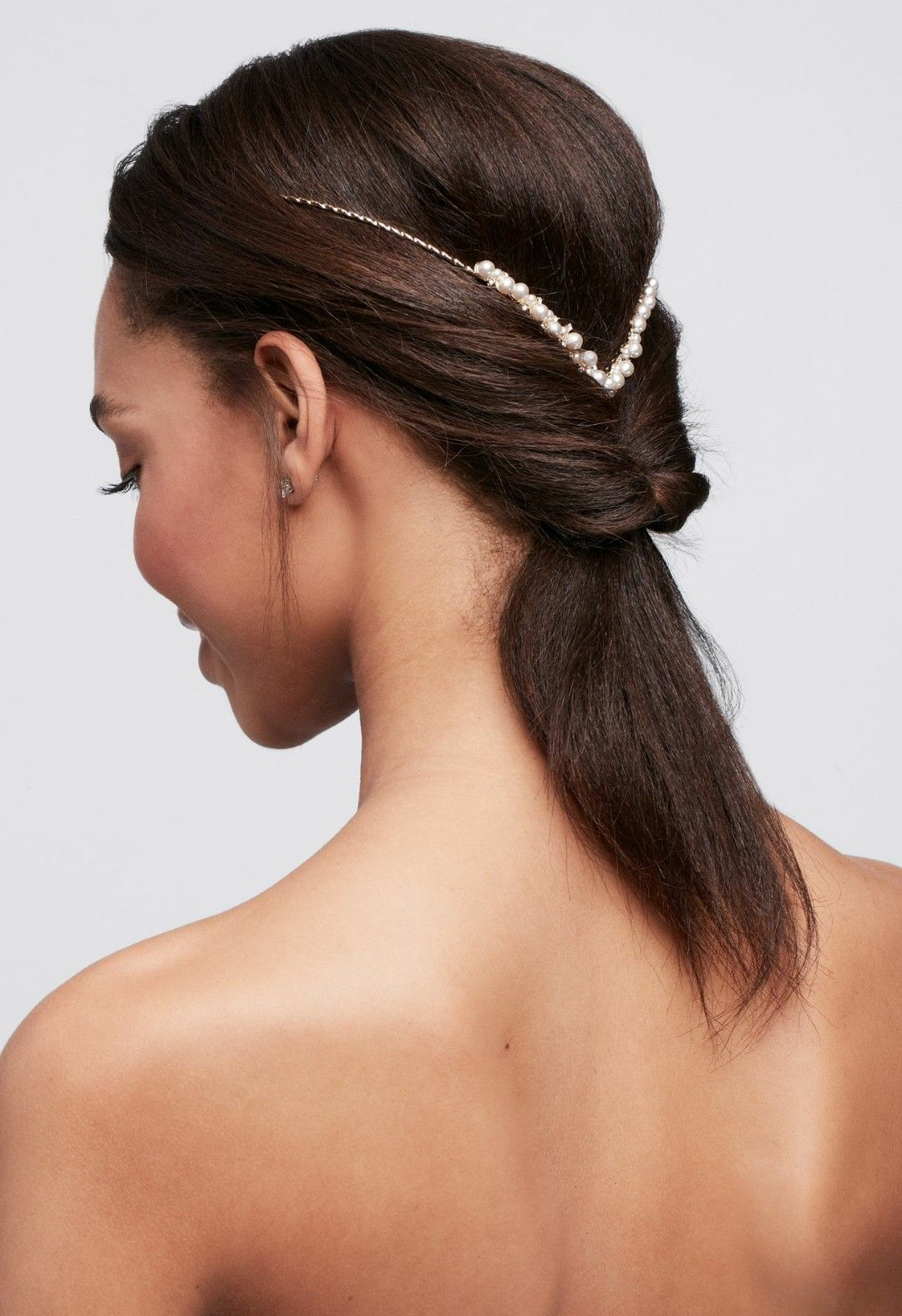 "backwards"" pearl headband @ david's bridal 