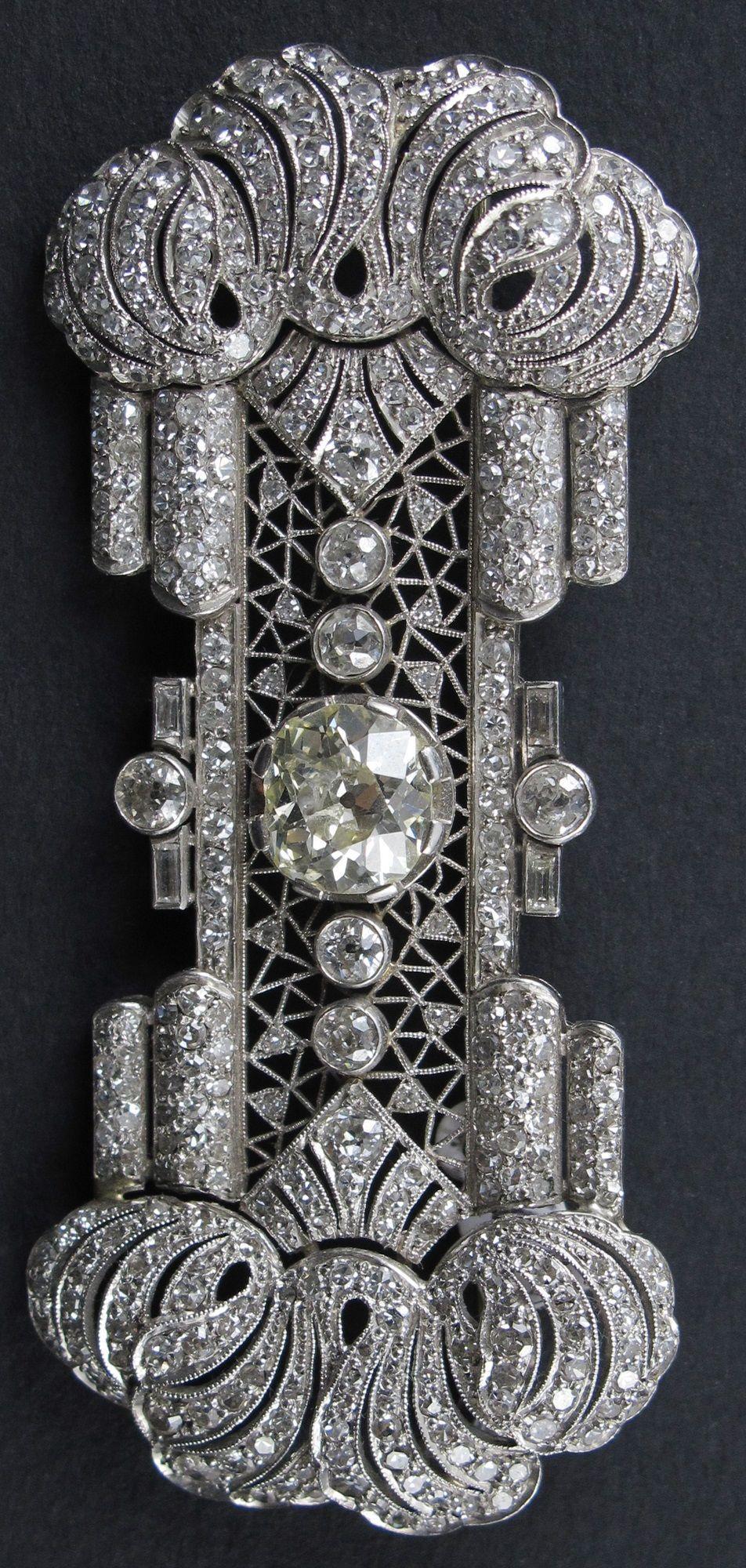 an art deco platinum and diamond brooch, french, circa 1920