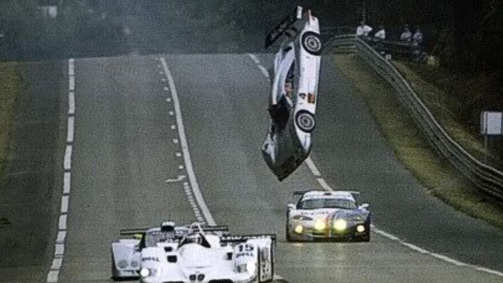 Perfectly Timed Moments When It All Went Wrong Mercedes Clk Gtr