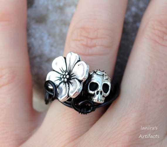 Skull wire wrapped black goth adjustable ring by Ianira on Etsy