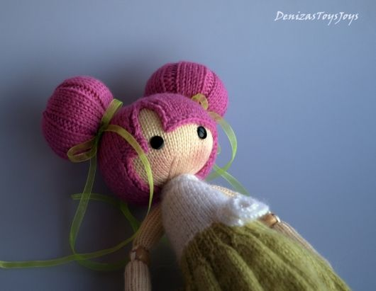 amigurumi dolls are just beautiful... / bu amigurumi bebeğe hayranız.