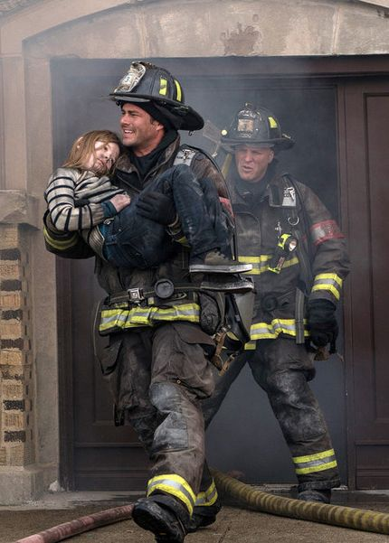 Chicago Fire: Severide & Capp to the rescue | Shared by LION