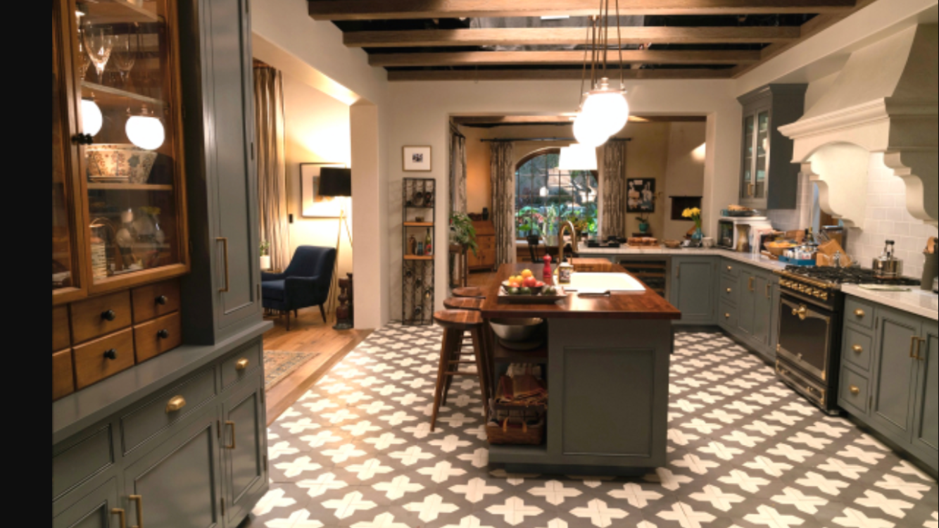 Bon Robert And Solu0027s Kitchen From The Show Grace And Frankie. I Love Their  House!