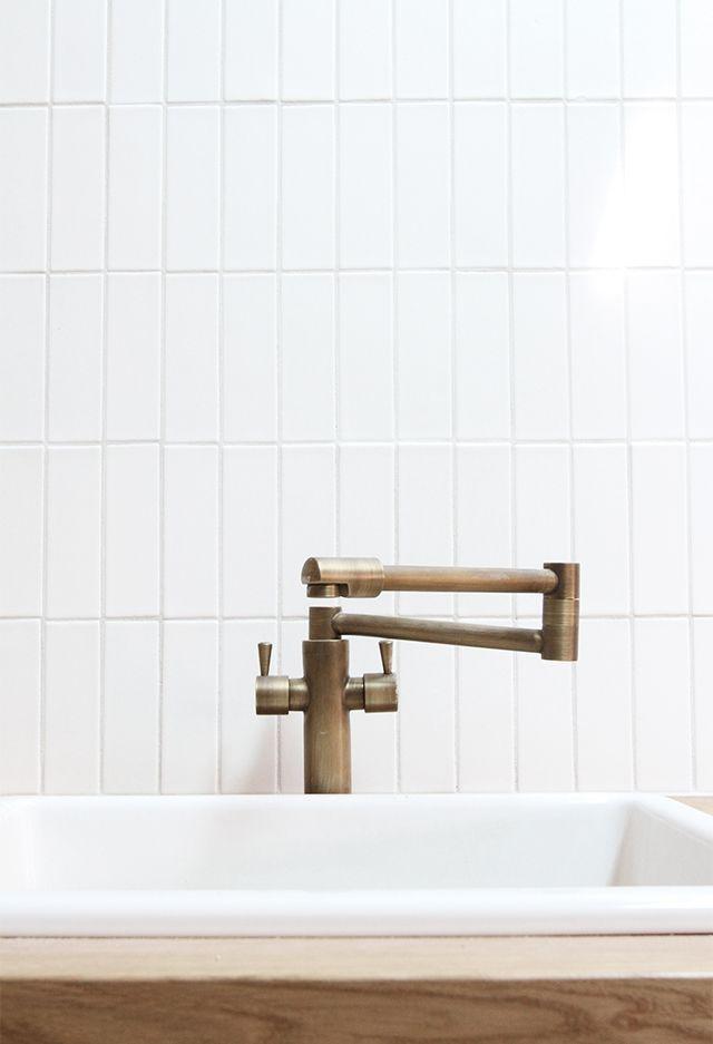 faucet via Sarah Sherman Samuel (http://www.homary.com/foldable ...