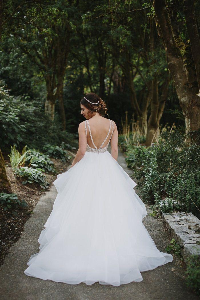 Bride wore flounced wedding gown   Fab Mood