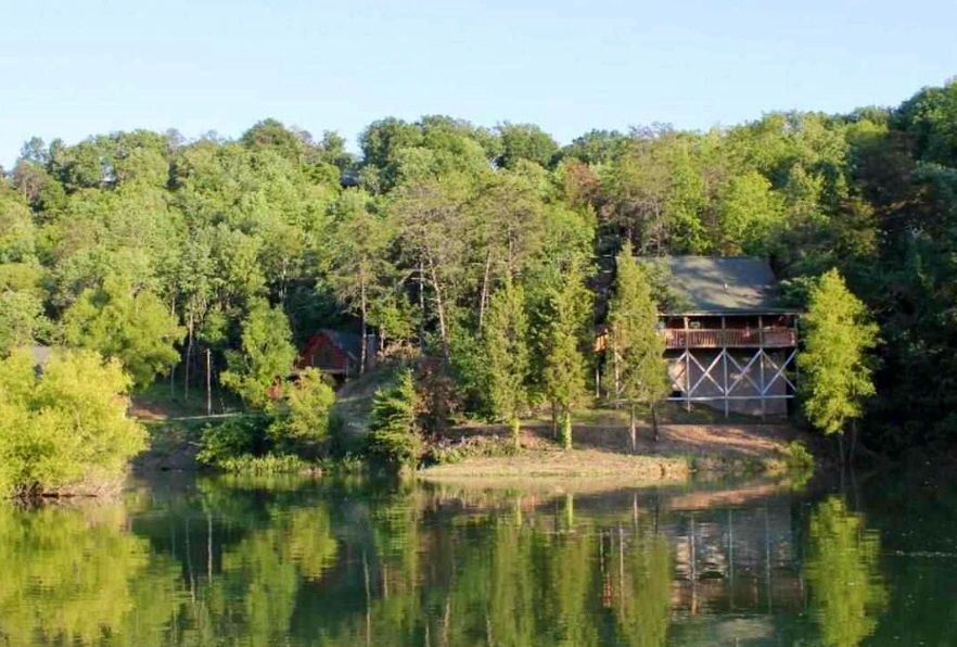 Vrbo Com 590896 Lakefront Cabin With Mountain Views Douglas Lake Cabin Vacation Tennessee Cabins
