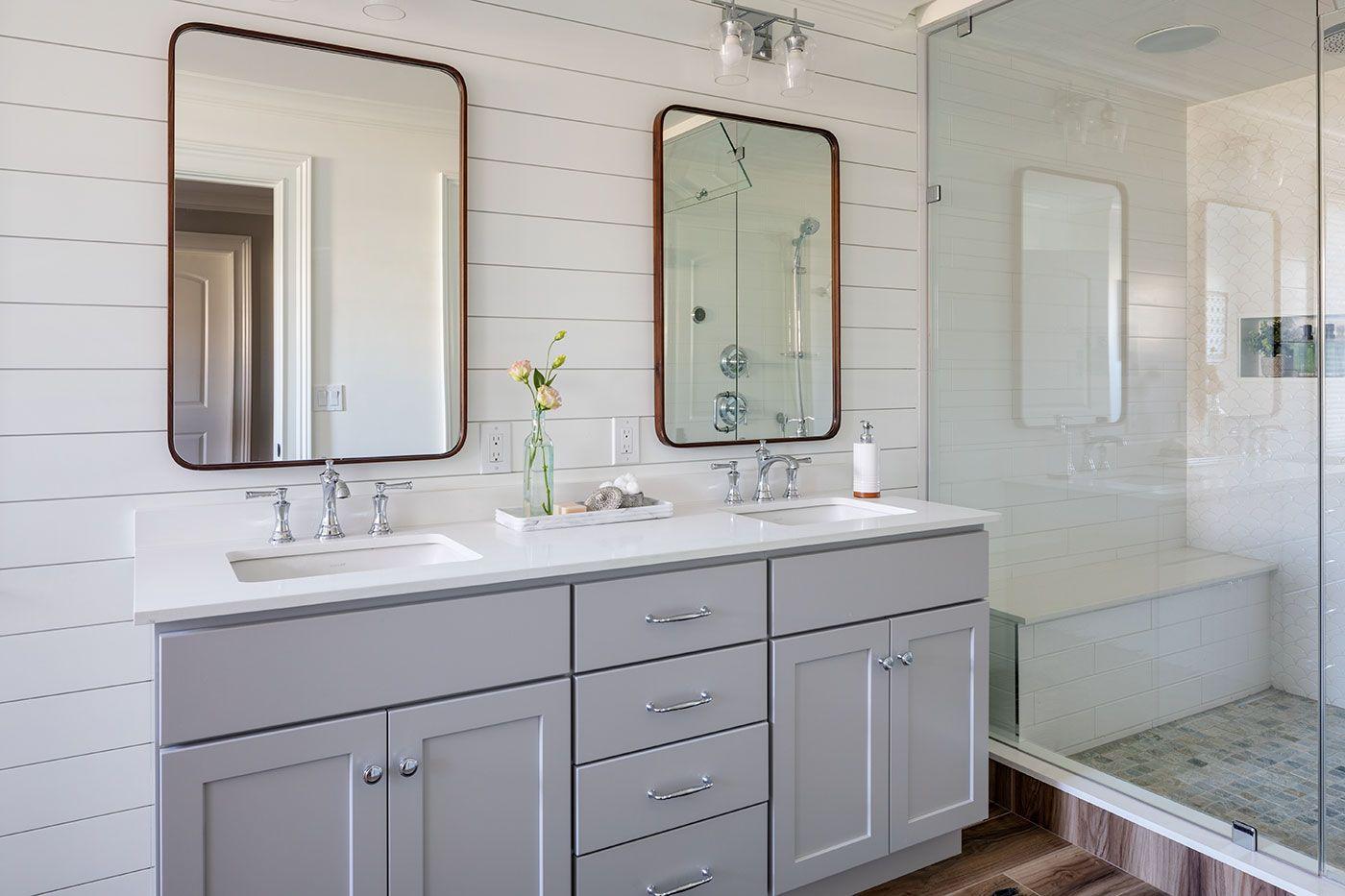 Built By Hawthorne Builders Photography By Greg Premru Boston Design Guide Prelude 2020 Spring Edition Bathrooms Remodel Transitional House Kids Bathroom [ jpg ]