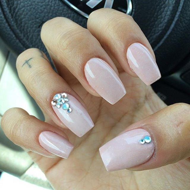 Instagram Post by Liv (@thenaillife_) | Nail Art: Rhinestones ...