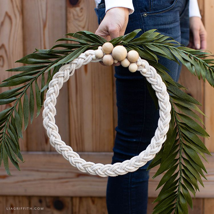 How to Make a Braided Rope Wreath for Your Home