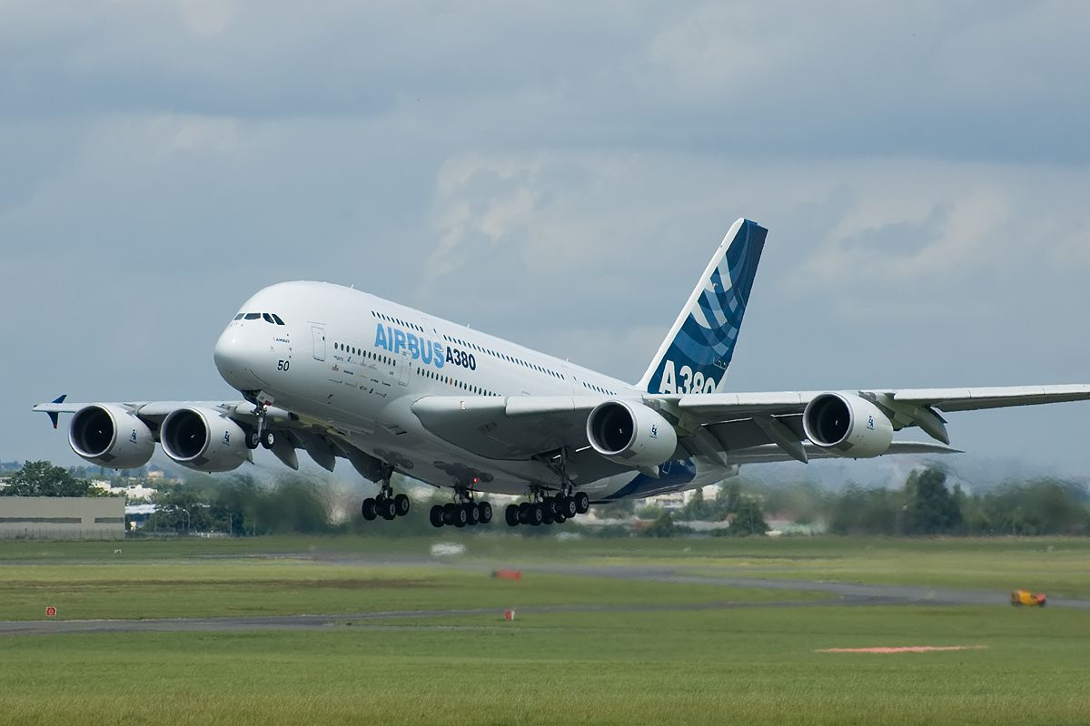 los 5 aviones mas grandes del mundo | Airbus a380, Aircraft ... How Much Wiring In An A on