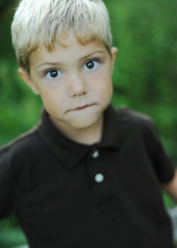 Little Boy With Blonde Hair And Green Eyes Blonde Hair Green