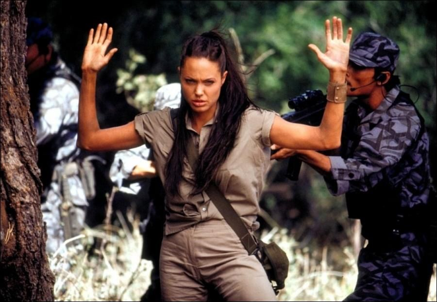 Lara Croft Tomb Raider The Cradle Of Life 2003 Lara Croft Angelina Jolie Angelina Jolie Photos Angelina Jolie Movies