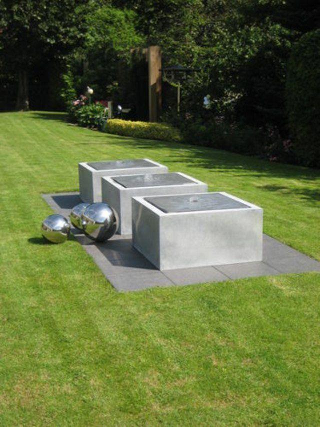 Installer une fontaine de jardin moderne - fontaine a eau exterieur solaire