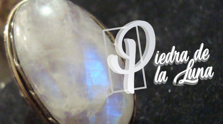 La Piedra De La Luna Ha Cobrado Popularidad Cada Vez Mayor Es Una Gema Que Deriva De Las Adularias Y Los Mej Piedra De Luna Piedras Preciosas Uñas Con Piedras