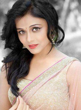 Smiling Face Girl Wallpaper India Gorgeous Prarthanabehere Marathi Actress Prarthana