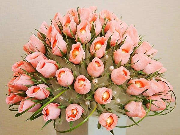 Como Fazer Buque De Casamento De Rosas De Papel Crepom E Bombons