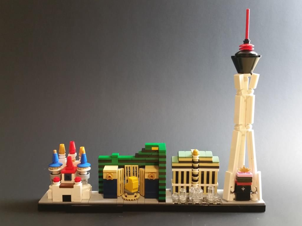 Las Vegas Nv Lego Model By Tonybob5 I Especially Like The Choice Of Buildings And Find Excalibur And Mgm Grand To Be Lego Architecture Vegas Skyline Lego