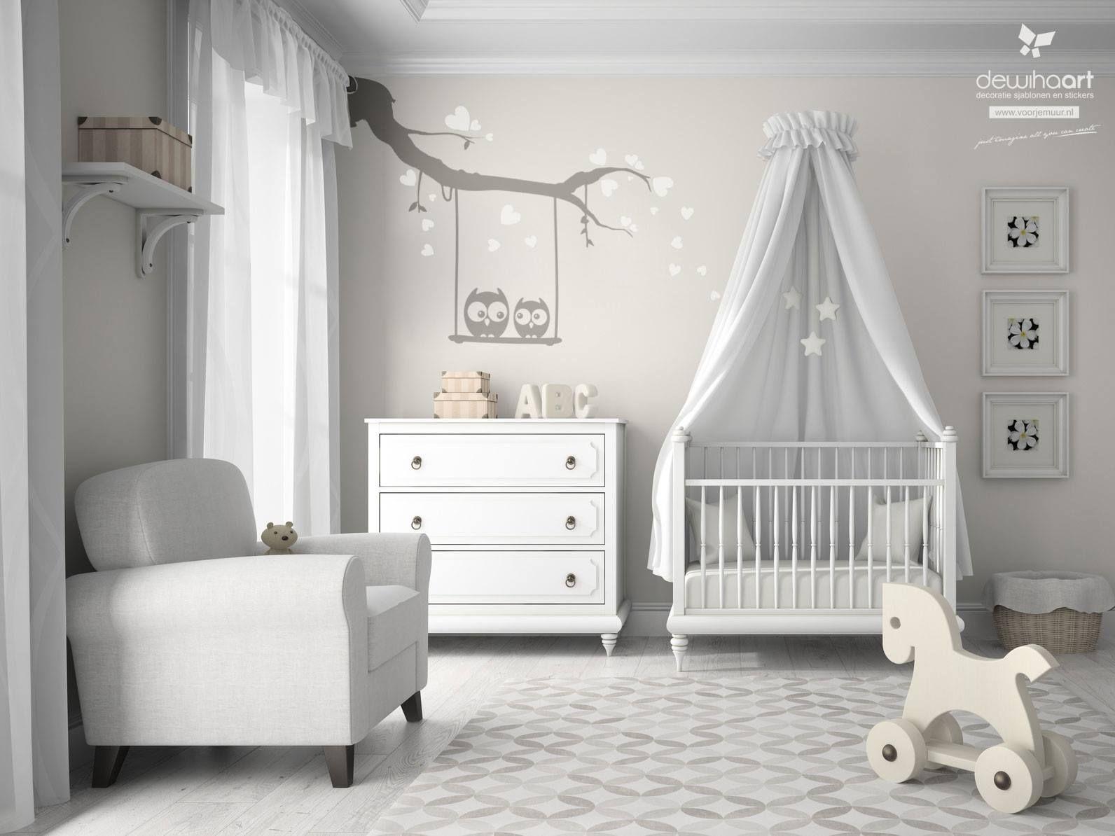 Leuke Babykamer Muurstickers : Leuke muursticker tak met uiltjes barn met