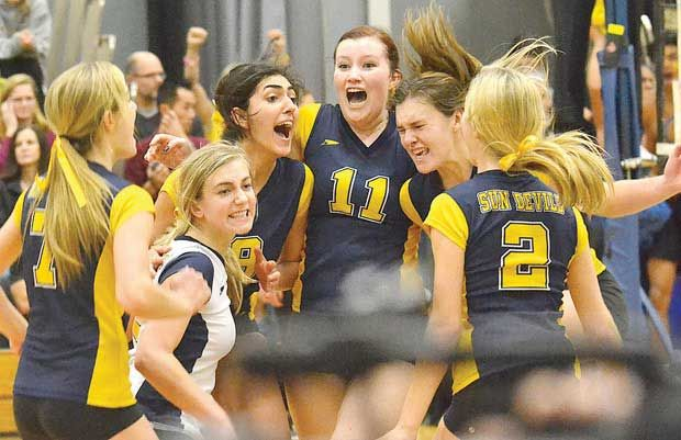 It was a banner day for the South Delta Sun Devils on Saturday as the senior girls won the provincial volleyball crown while the senior boys captured a provincial football title.