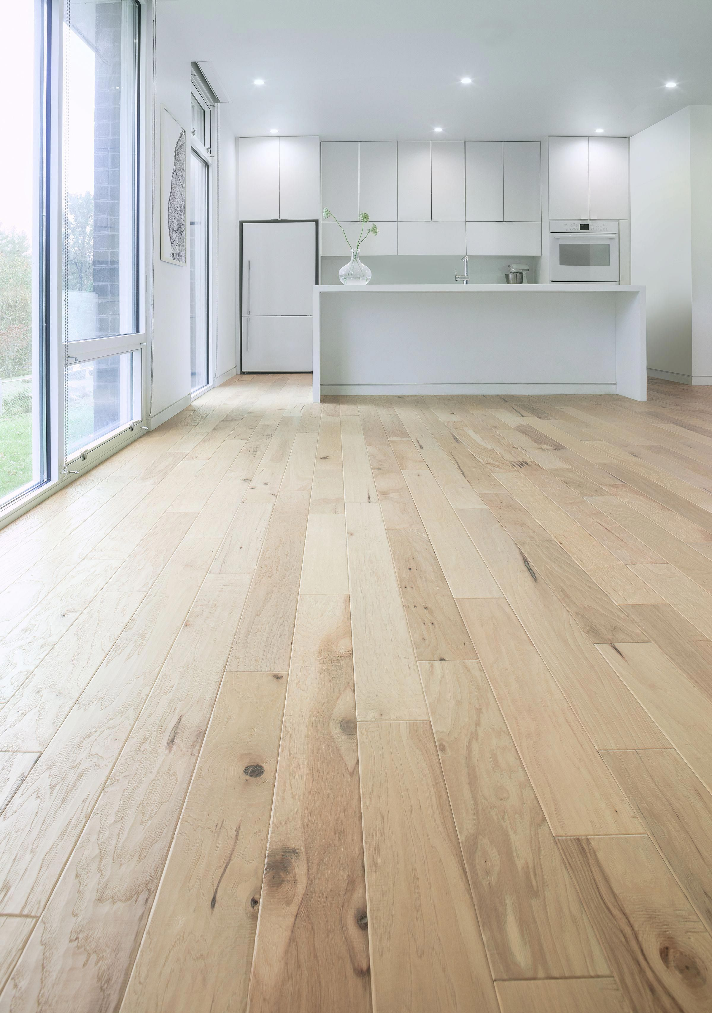 Delightful Photo Hardwoodflooring In 2020 Hardwood Floors