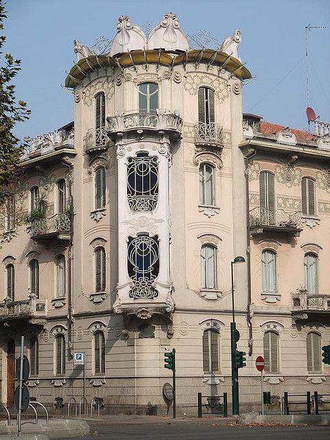 Casa La Fleur by Fenoglio, 1902: Turin art nouveau Liberty style |