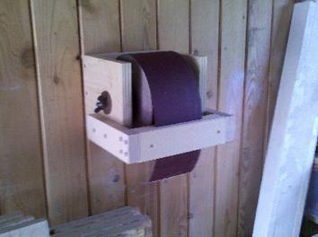 sanding paper holder workspace workshop garage pinterest bau werkstatt und papier. Black Bedroom Furniture Sets. Home Design Ideas