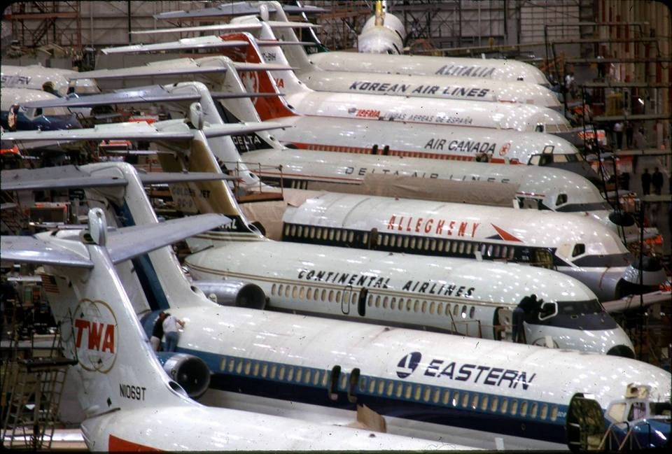 The Douglas Dc 9 Assembly Line I Ve Actually Flown The Twa Dc 9 10 With The Number N1069t Midway Airlines Vintage Airlines Douglas Aircraft Vintage Aircraft