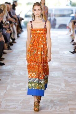 5452b4561d2 See the complete Tory Burch Spring 2017 Ready-to-Wear collection.