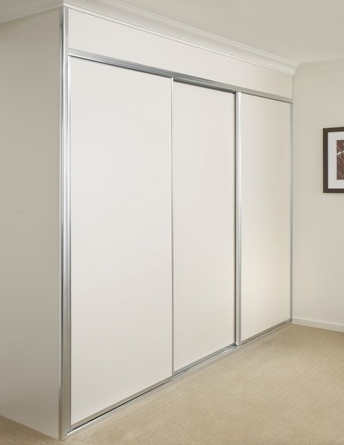 White Melamine Wardrobe With Matte Silver Frame Jpg Built In Wardrobe Designs Sliding Door Wardrobe Designs Built In Wardrobe