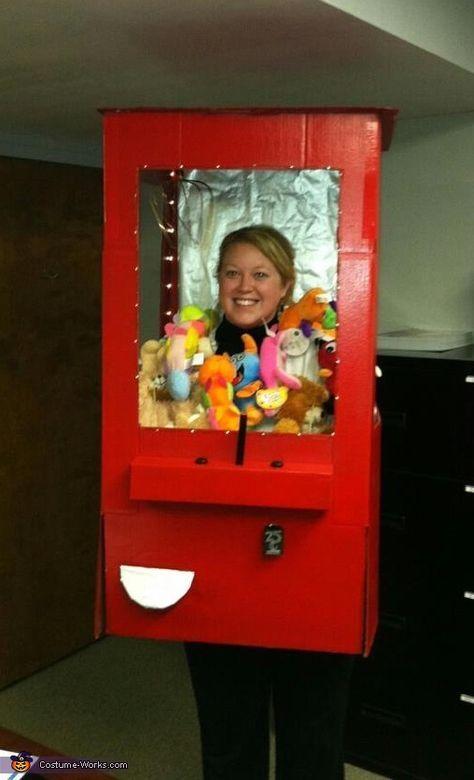 Stuffed Animal Claw Machine Halloween Costume Contest At