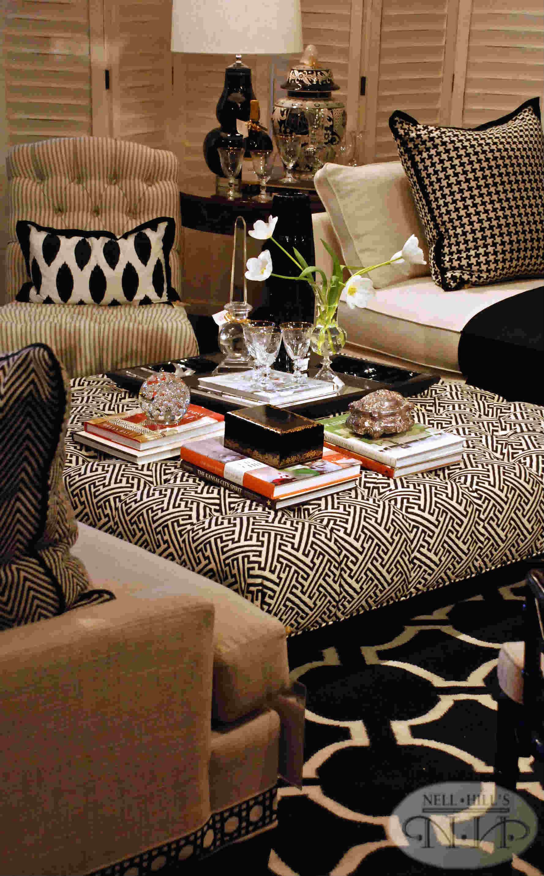Pin By Nell Hill S On Living Room Spaces Black Living Room Tan Living Room Brown Living Room