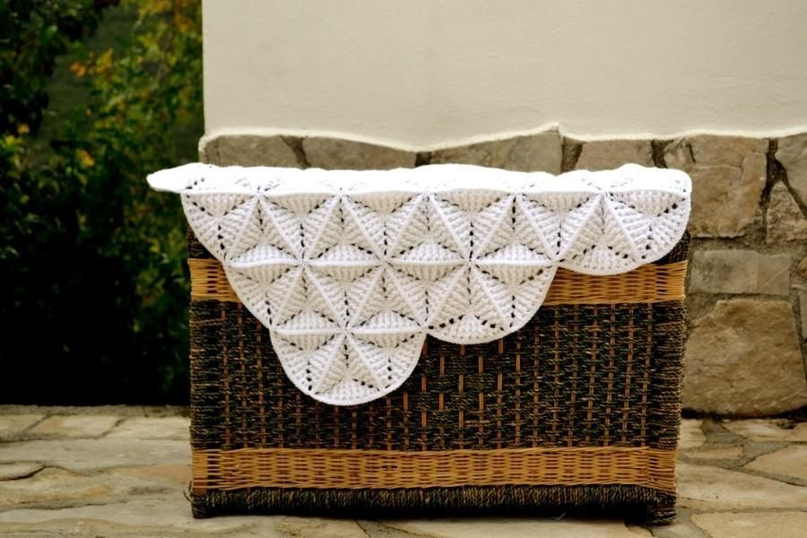 White lily blanket white lilies crocheting patterns and blanket white lily blanket baby blanket patternsbaby dt1010fo